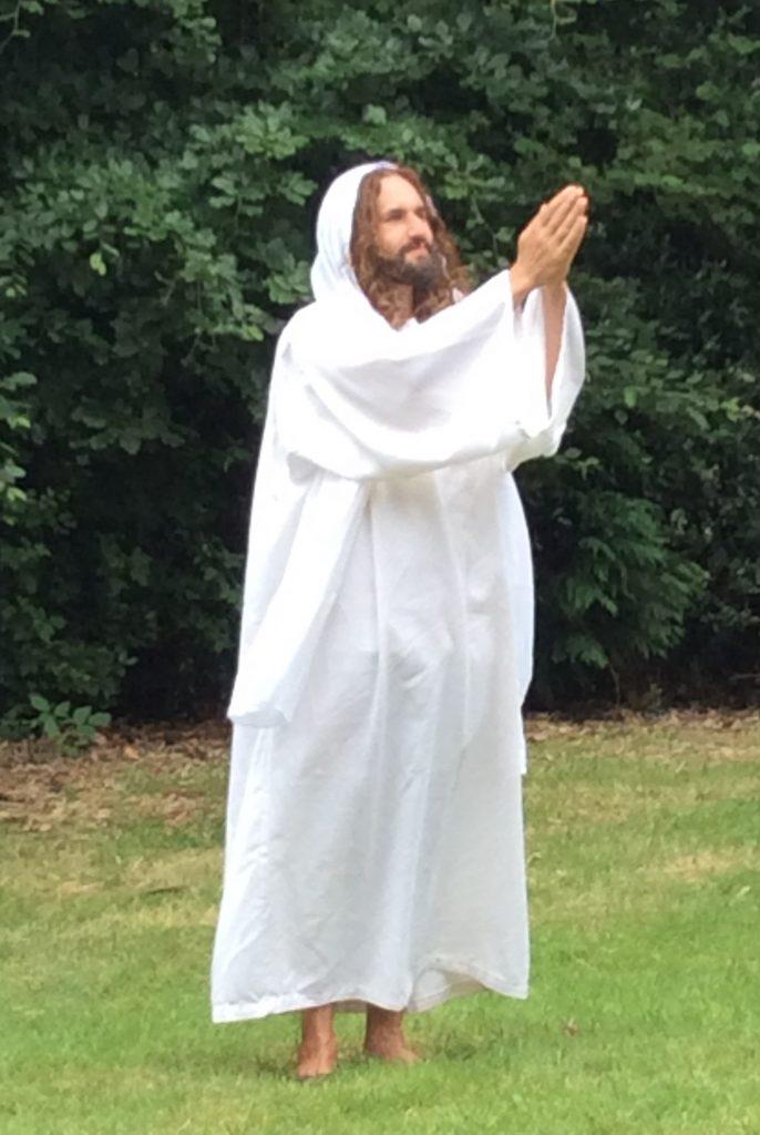 Risen Jesus
